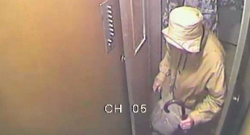 Aktualnosci , Podejrzany napady kobiety kamery - zdjęcie, fotografia